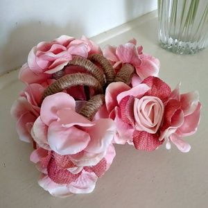 6 Beautiful Handmade Flowered Napkin Rings.